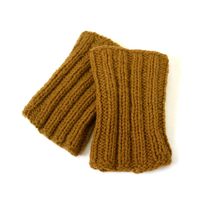 WW1-WW2 AMERICAN RED CROSS KNIT GLOVE