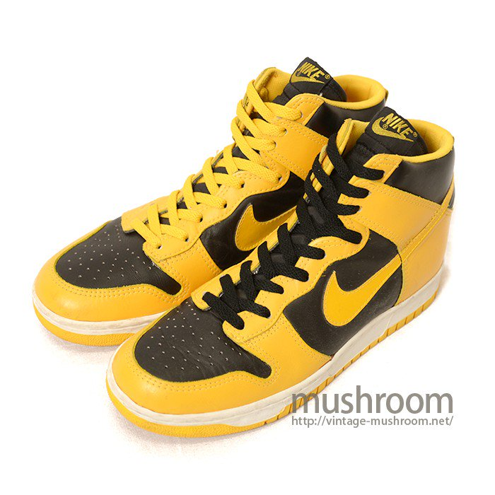 NIKE DUNK HI BASKETBALL SHOES( DEADSTOCK )