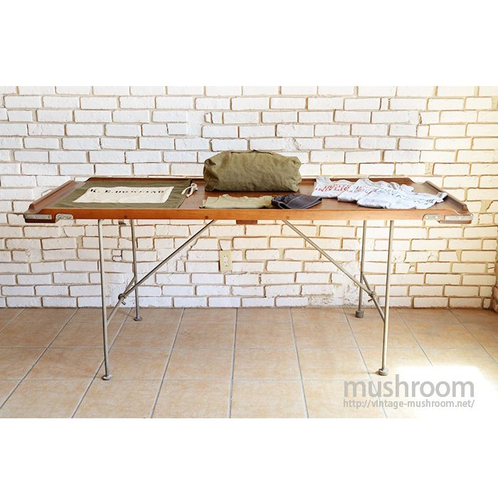 WW1-WW2 U.S.NAVY FOLDING WOOD TABLE