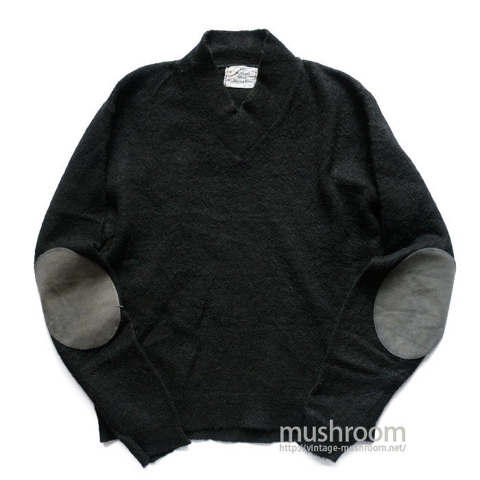 OLD BLACK V-NECK SWEATER