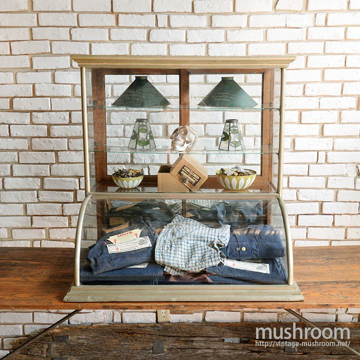 ANTIQUE TABLE TOP SHOWCASE( STORE FIXTURE )