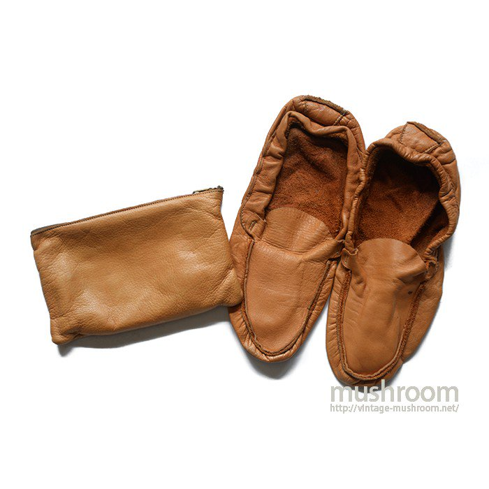 OLD LEATHER SHOES WITH BAG