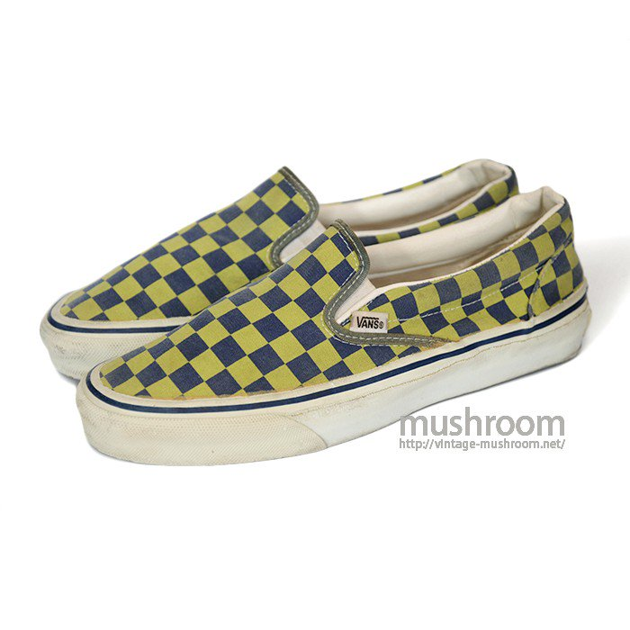 VANS SLIP-ON CANVAS SHOES