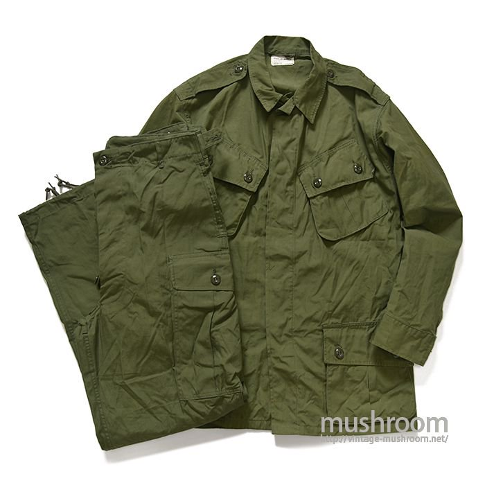 U.S.ARMY JUNGLE FATIGUE JACKET( M-R/DEADSTOCK  )