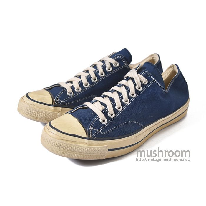 CONVERSE CHUCK TAYLOR LO  CANVAS SHOES