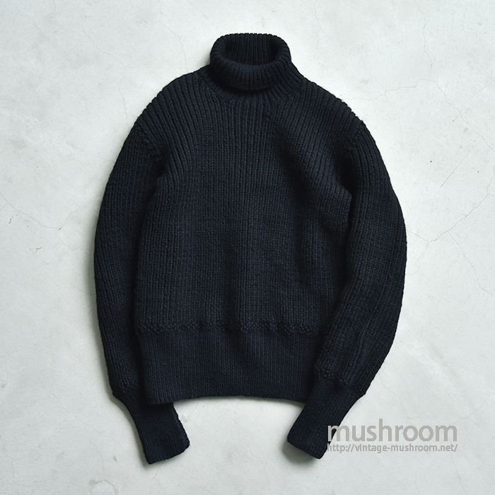 AMERICAN RED CROSS TURTLE NECK SWEATER