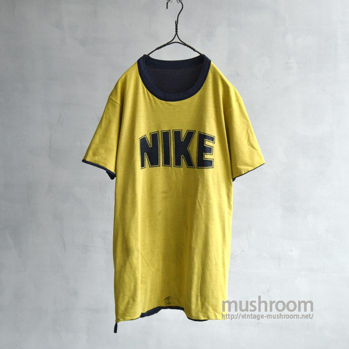 NIKE REVERSIBLE T-SHIRT