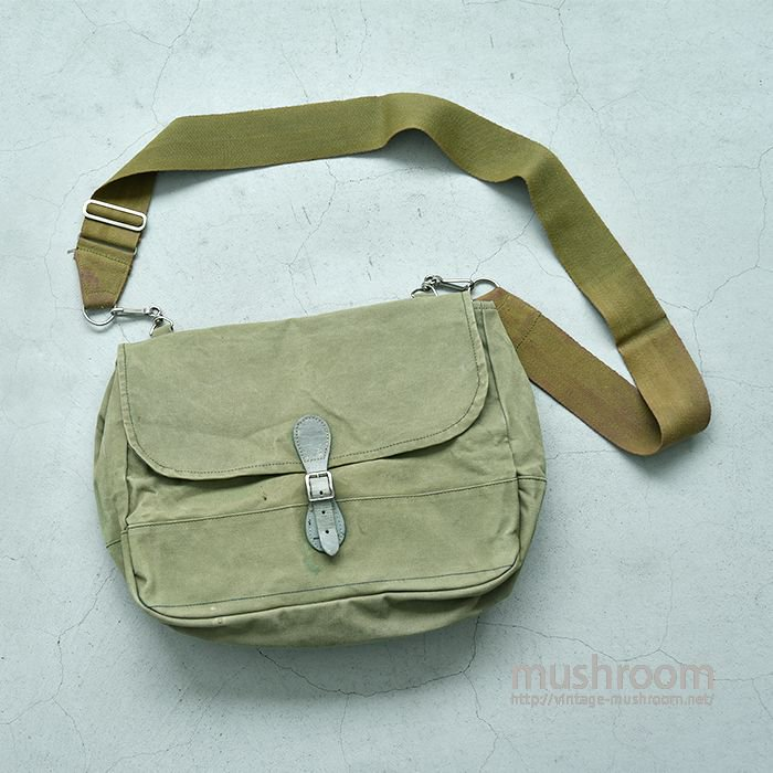 ABERCROMBIE & FITCH CANVAS GAME BAG