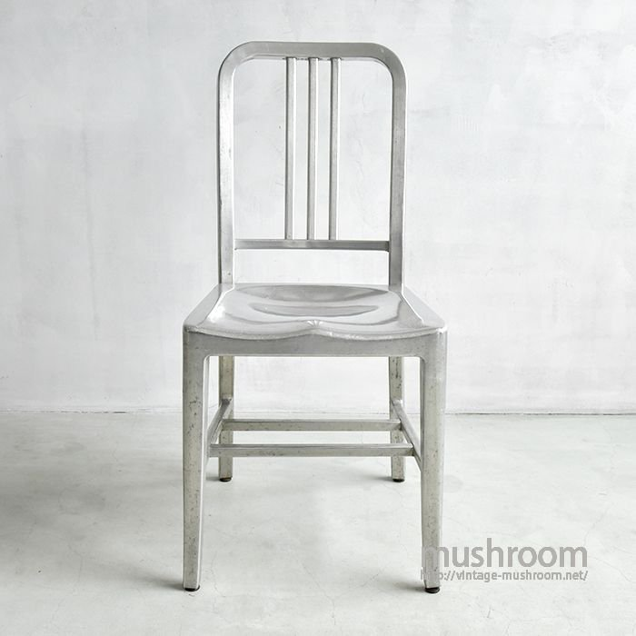 OLD GOODFORM NAVY CHAIR(B)