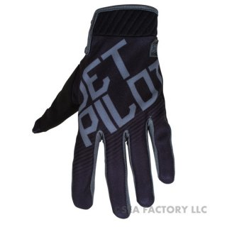 <img class='new_mark_img1' src='https://img.shop-pro.jp/img/new/icons5.gif' style='border:none;display:inline;margin:0px;padding:0px;width:auto;' />JETPILOT 2017 PHANTOM SUPER LITE GLOVE(ブラック/チャコール)