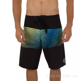 <img class='new_mark_img1' src='https://img.shop-pro.jp/img/new/icons24.gif' style='border:none;display:inline;margin:0px;padding:0px;width:auto;' />JETPILOT FIRESTORM S17 BOARDSHORT