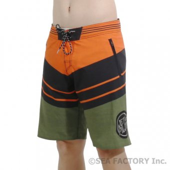 <img class='new_mark_img1' src='https://img.shop-pro.jp/img/new/icons5.gif' style='border:none;display:inline;margin:0px;padding:0px;width:auto;' />JETPILOT 2019 INCISION BOARDSHORT(ブラック/ミリタリー)