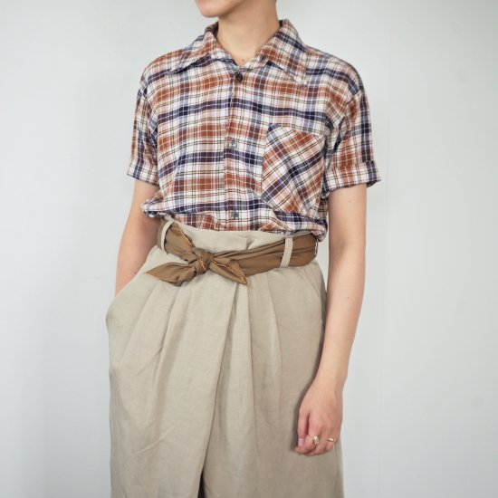 <img class='new_mark_img1' src='//img.shop-pro.jp/img/new/icons47.gif' style='border:none;display:inline;margin:0px;padding:0px;width:auto;' />1950's VINTAGE Short Sleeve FRENCH SHIRTS ブラウン×ネイビー チェック