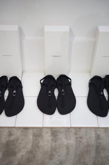 <img class='new_mark_img1' src='https://img.shop-pro.jp/img/new/icons47.gif' style='border:none;display:inline;margin:0px;padding:0px;width:auto;' />beautiful shoes   BAREFOOTSANDAL [black]