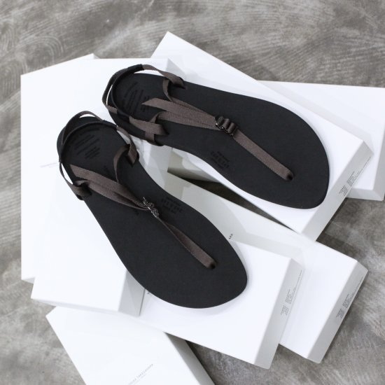 <img class='new_mark_img1' src='https://img.shop-pro.jp/img/new/icons14.gif' style='border:none;display:inline;margin:0px;padding:0px;width:auto;' />beautiful shoes   BAREFOOTSANDAL [brown]