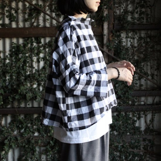 <img class='new_mark_img1' src='https://img.shop-pro.jp/img/new/icons14.gif' style='border:none;display:inline;margin:0px;padding:0px;width:auto;' />r ein     high neck  wide pullover  [gingham]