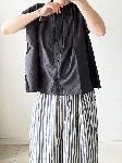 【sale!!】  刺繍が入ったギャザーブラウス