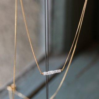キューブダイヤ ネックレス
