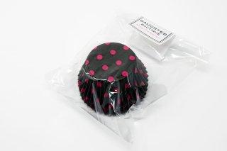 ベーキングカップ ポルカドット ブラック×フューシャピンク M 40枚