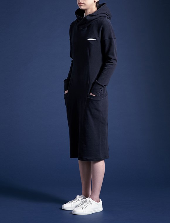 high-necked hoody Straight pocket jersey dress