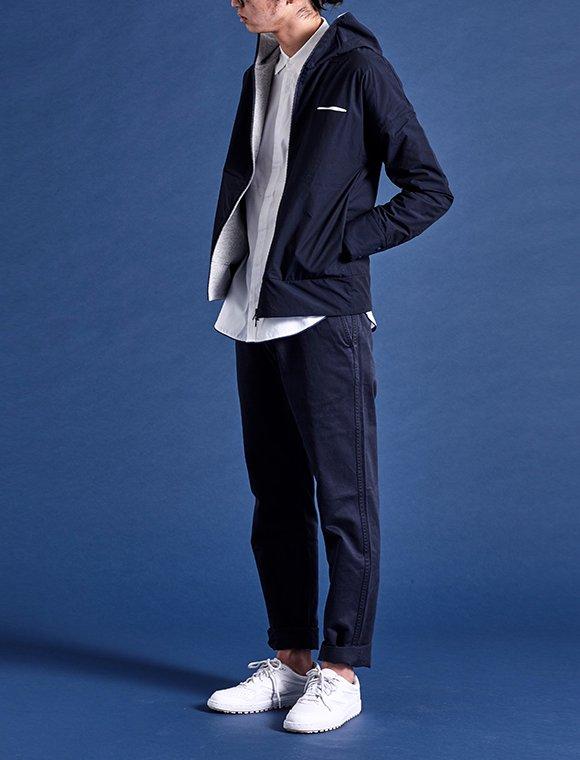 high-necked hoody linear pocket jacket