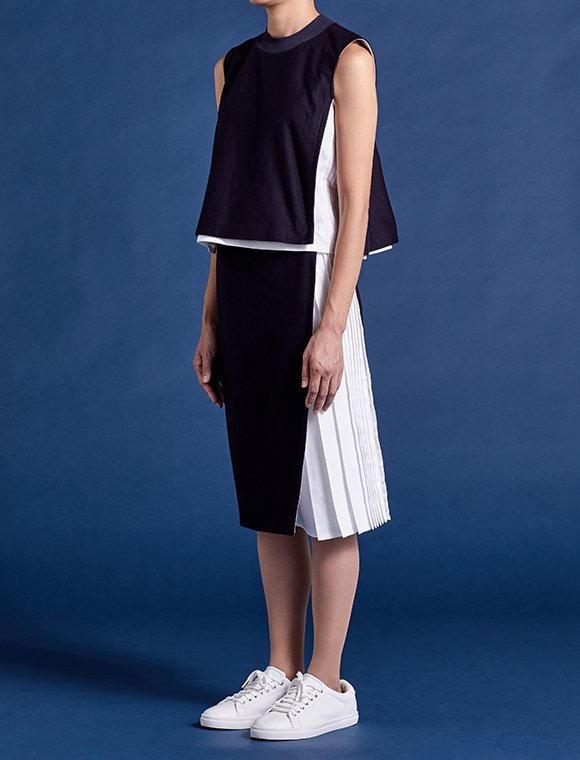 wrap skirt with 2pleats -navy