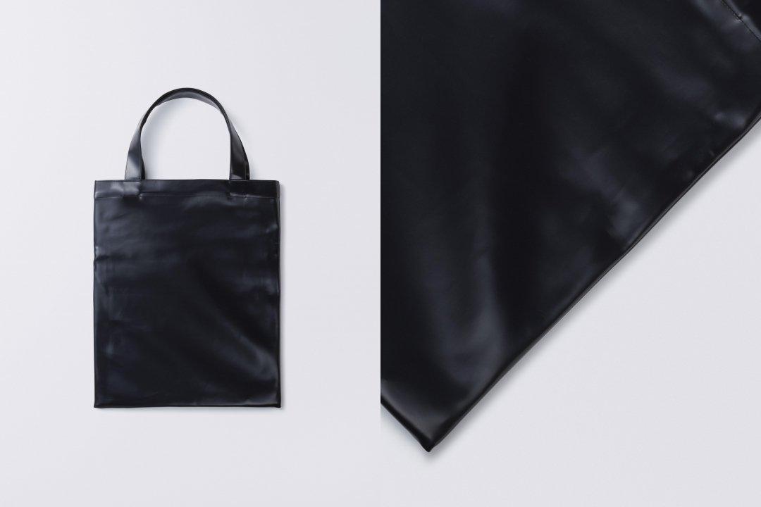 A3 tote bag < PVC leather >  black