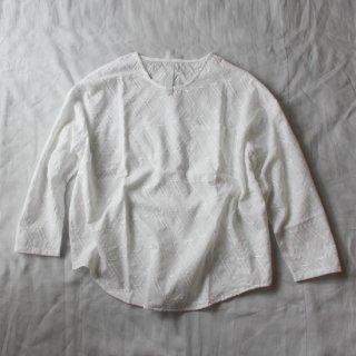 sneeuw/グリッド刺繍プルオーバー(ホワイト)【price down】