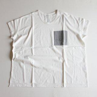 sneeuw/フォルデッドポケットTシャツ(ivory)【price down】