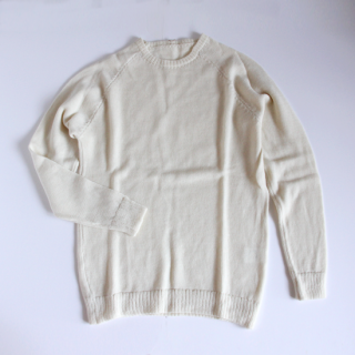 NIDO/ESSENTIAL CREW NECK SWEAT