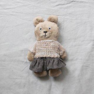 サリークシー/くまのぬいぐるみ(冬支度・ホワイトベージュのセーター)