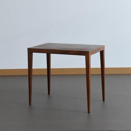 Severin Hansen/テーブル