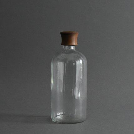 木製蓋付きガラスボトル