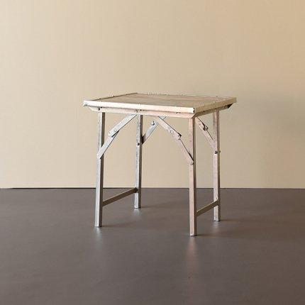 エンドテーブル
