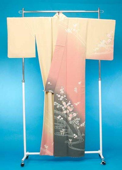 TS128訪問着レンタル 裄66(身長145-165ヒップ75-100)正絹 クリーム/ピンク おぼろ染め絞り[滝泰]【新品同様】