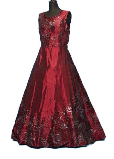 47c4f9f3969a8 CD15-2カラードレスレンタル11-15号(ウエスト72-84まで)バーガンディ(ワインレッド) バラ模様 -  大きいサイズの留袖.振袖.紋付袴|大きい貸衣裳のドレス・着物 ...