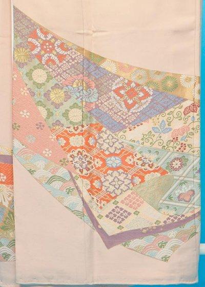 TI603ややトール色留袖レンタル 裄69-71(身長145-165ヒップ73-103) 正絹 サーモンピンク 華紋 寿光織