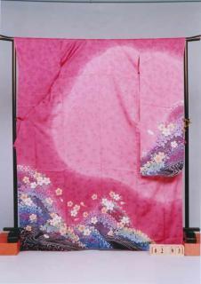 F293トール振袖レンタル裄73(身長158-180ヒップ69-99)正絹 ピンク系