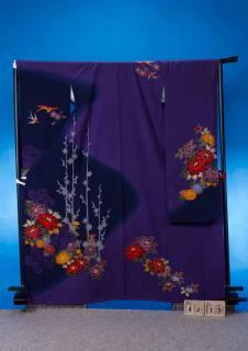 F415トール振袖レンタル裄72-74(身長158-173ヒップ76-106)正絹 紫系 ぼかし染め 花