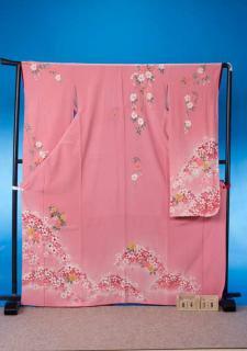 F418トール振袖レンタル 裄69(身長151-171ヒップ69-99)ピンク 八重桜