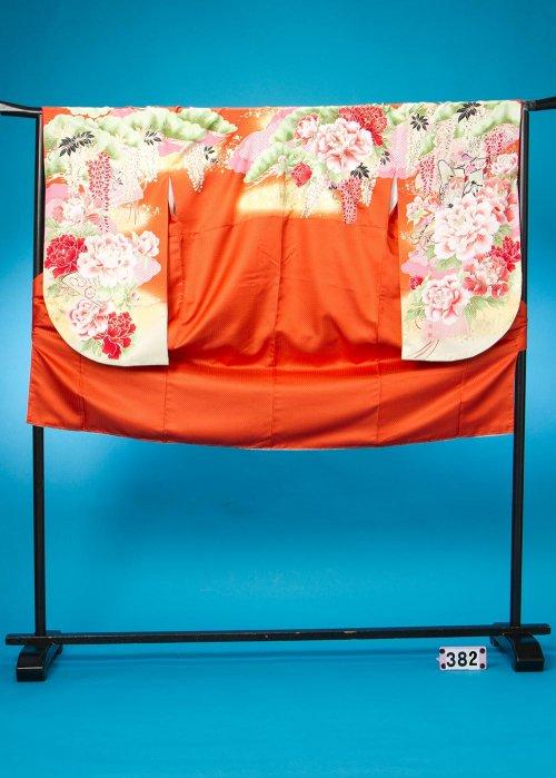 S382小振袖レンタル裄72(ヒップ75-105) オレンジ 牡丹と藤 [大島優子] 【新品同様】