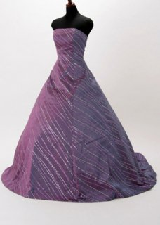 D9201 9号ウエディングドレス(ウエスト66)紫 神田うの