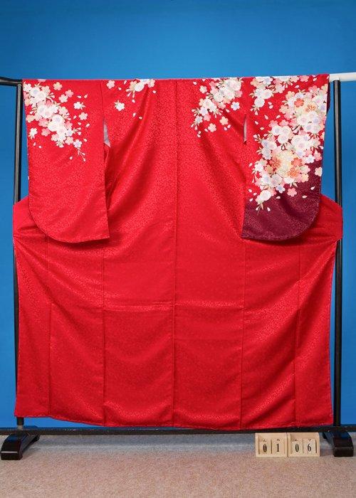 S106小振袖レンタル 裄68(ヒップ72-102)赤系 しだれ桜