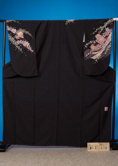 S226小振袖レンタル 裄70(ヒップ77-107) 黒 桜 [anan]
