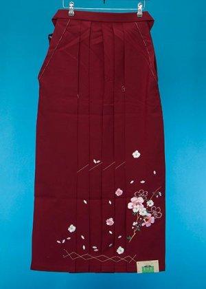 HA100-2トールややワイド女袴レンタル(身長168-173(ブーツの場合173-178)ヒップ70-110)エンジ 桜模様 【未使用】前幅広め