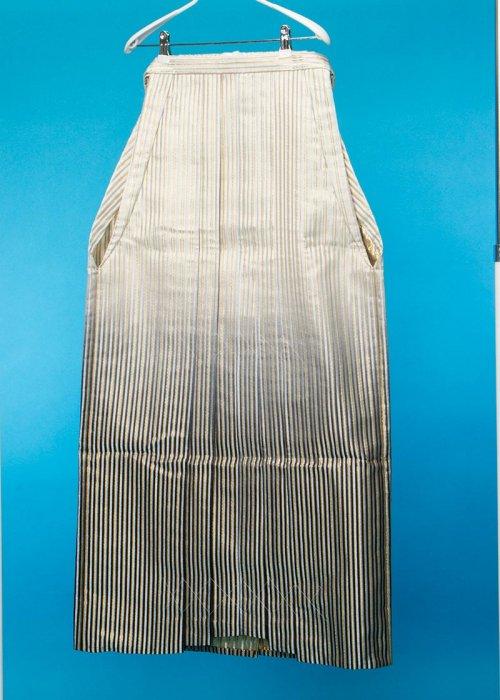 MH100-2トール男袴レンタル 紐下100(身長193-198cm前後)白金銀ストライプ 黒ぼかし