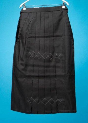 HA95-48ワイド女袴レンタル(身長160-165ヒップ90-120) 黒無地  大きいサイズ