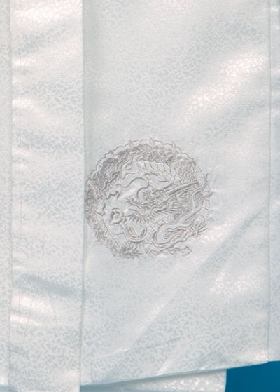 MP78-15トールワイド紋付レンタル 裄78(身長185 胴回り82-112)白地 龍刺繍 [J-TREND] 【新品同様】
