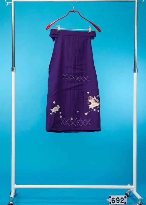 女子袴(身長110-120cm前後)紫 手まりの刺繍入り  HA69-2