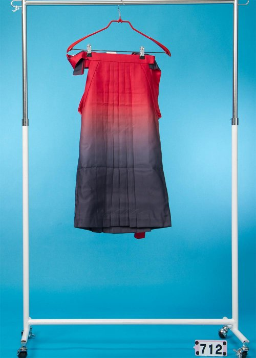 女子袴(身長115-125cm前後)レンガ色/黒ぼかし HA71-2